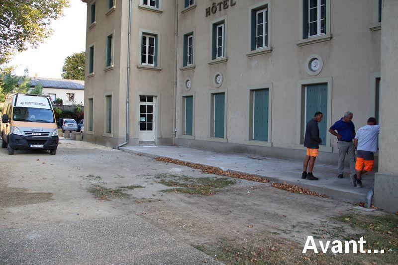 tain-revement-parvis-mairie